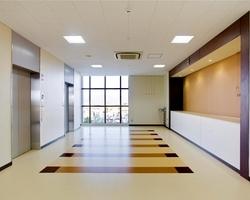 常翔啓光学園中学高等学校1号館/学校/2012のサムネイル